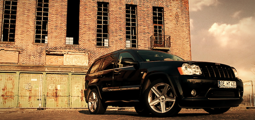 JEEP - Grand Cherokee SRT8